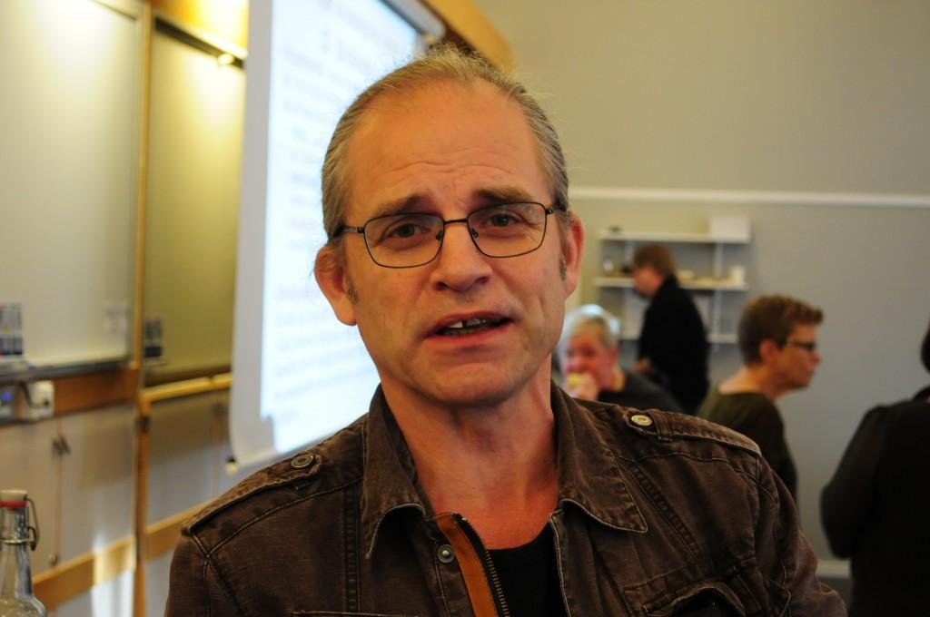 Enhetschef Michael af Geijersstam Ottow befarar att Utväg Skaraborg får dra ned på utbildning och information om det extra anslaget från Skövde kommun inte godkänns.