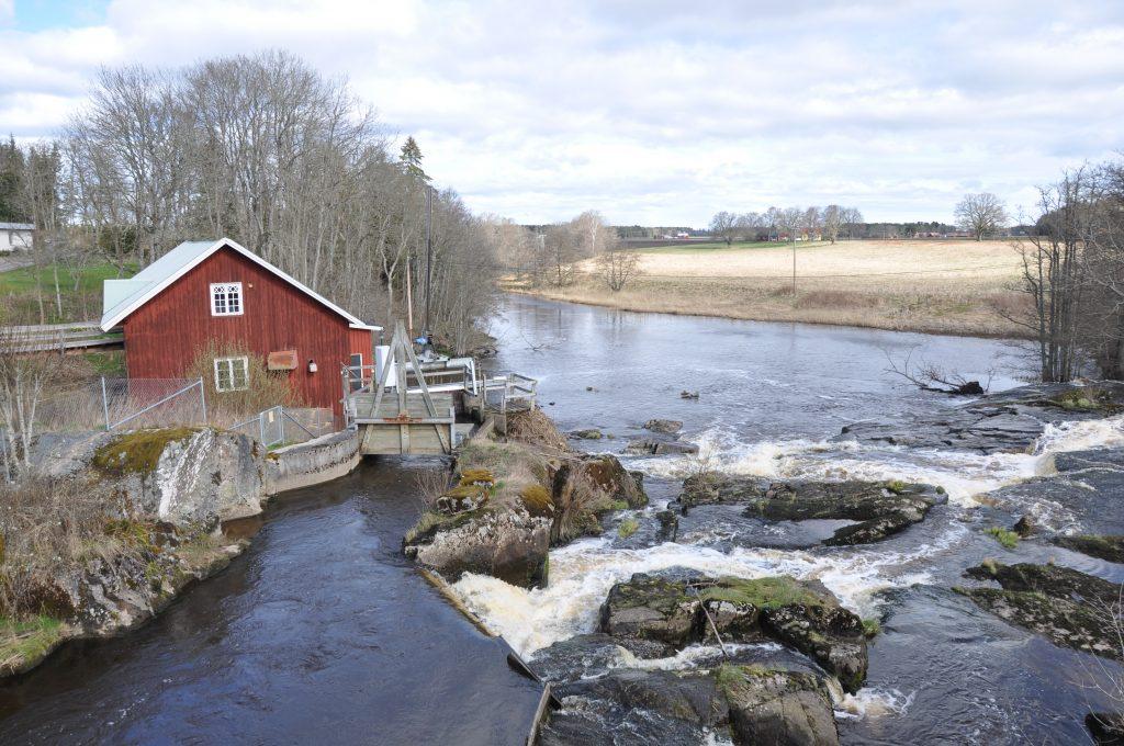 På fotot Baljefors vid ån Nossan.