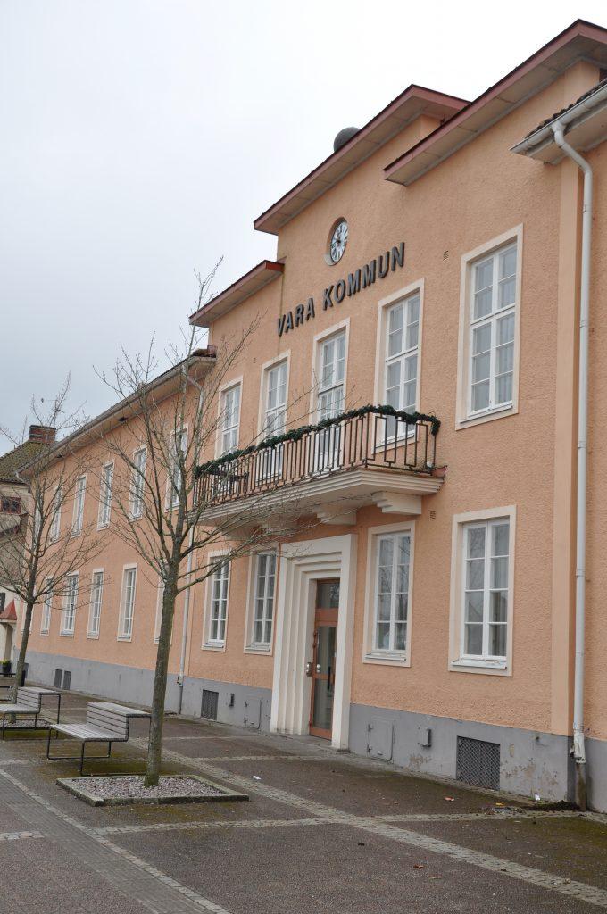 Vara kommun planerar att bygga lägenheter i den före detta vårdcentralen i Kvänum