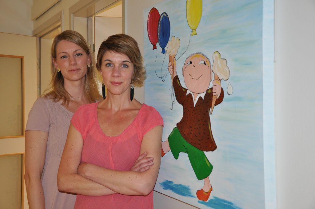 Alla som jobbar med barn under 18 år kan ringa till Barnahus Skaraborg för att konsultera samordnarna Sofia Melén Moadi och Lena Ödlund Möller om de misstänker att ett barn utsatts för brott.