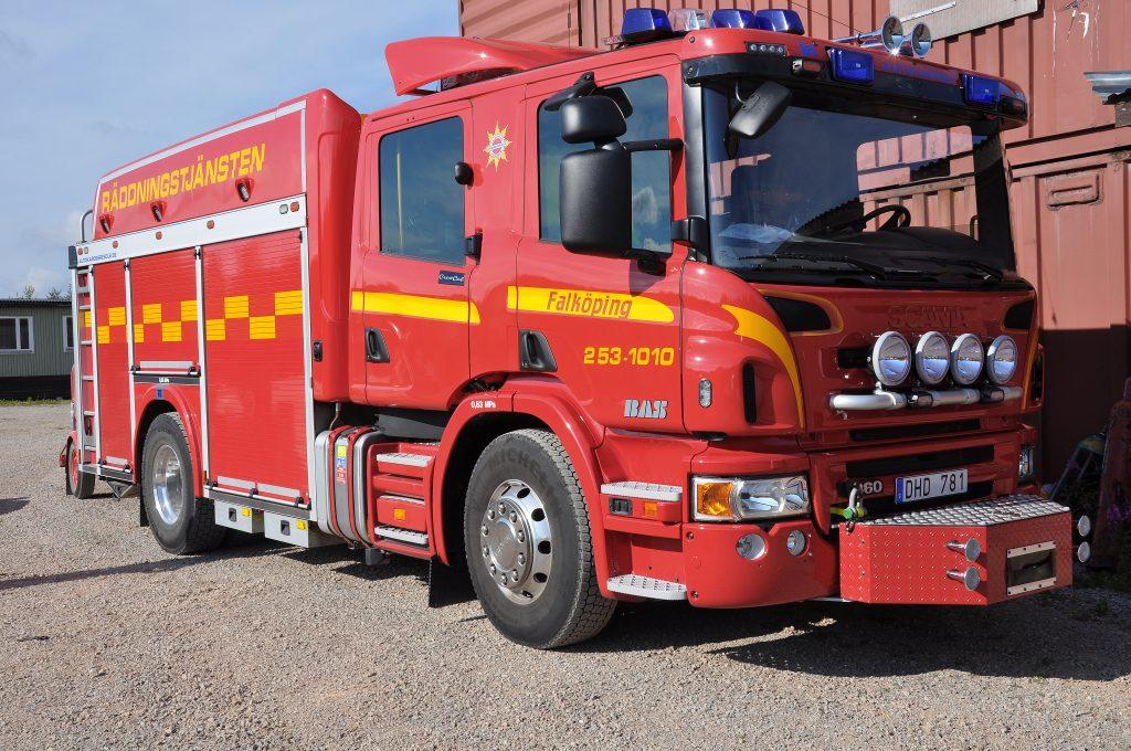 När räddningstjänsten i Falköping, Skara, Tidaholm och Götene slår ihop kommer den sammanlagda kostnaden bli 2,8 miljoner högre än vad den är idag. Orsaken är främst att ambitionsnivån för brandförsvaret i Götene  samtidigt höjs.