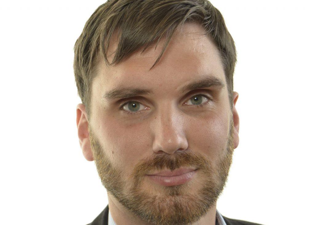 Erik Ezelius (S).