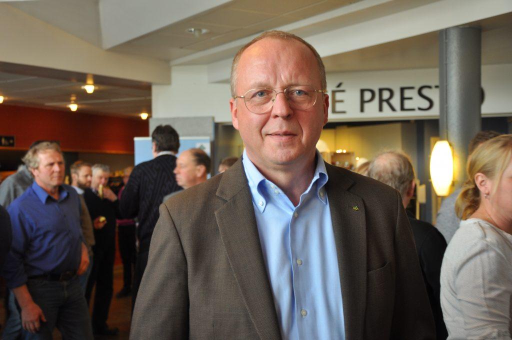 LRF:s vd Anders Källström manar sina medlemmar att driva politikerna framför sig, för att se till att livsmedelsstrategins målsättningar blir verklighet