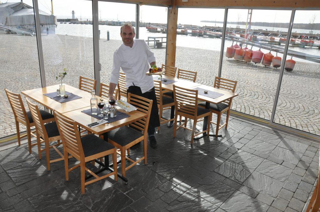 Krögaren Tobias Gustafsson, på Bryggan i Hjo.