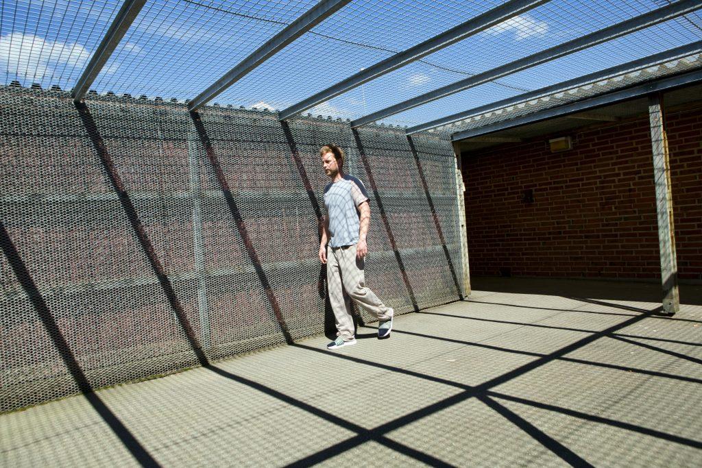 Kriminalvårdsanstalten i Tidaholm kan få 50 nya platser. Totalt 200. Anstalten prioriteras av Kriminalvårdsstyrelsen. (Fotot från Tidaholmsanstalten är arrangerat).