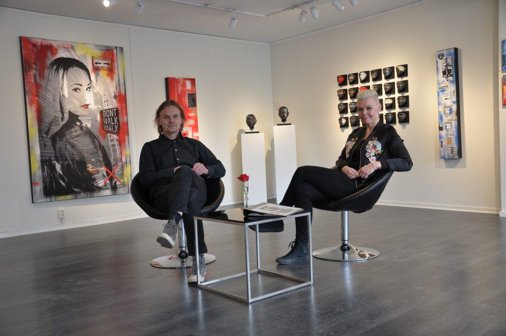 P-A och Annelie Sandström ser fram emot konstrundan som äger rum Falbygden under påskhelgen. I det egna galleriet visar de just nu sin egen utställning Vagabond.  Ett av verken som paret skapat tillsammans.