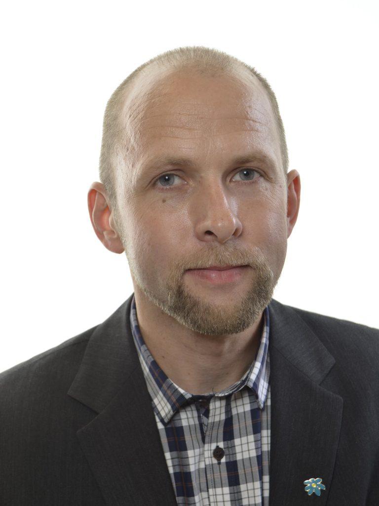 Förre  riksdagsledamoten Anders Forsberg, Skara, döms till ett års fängelse.