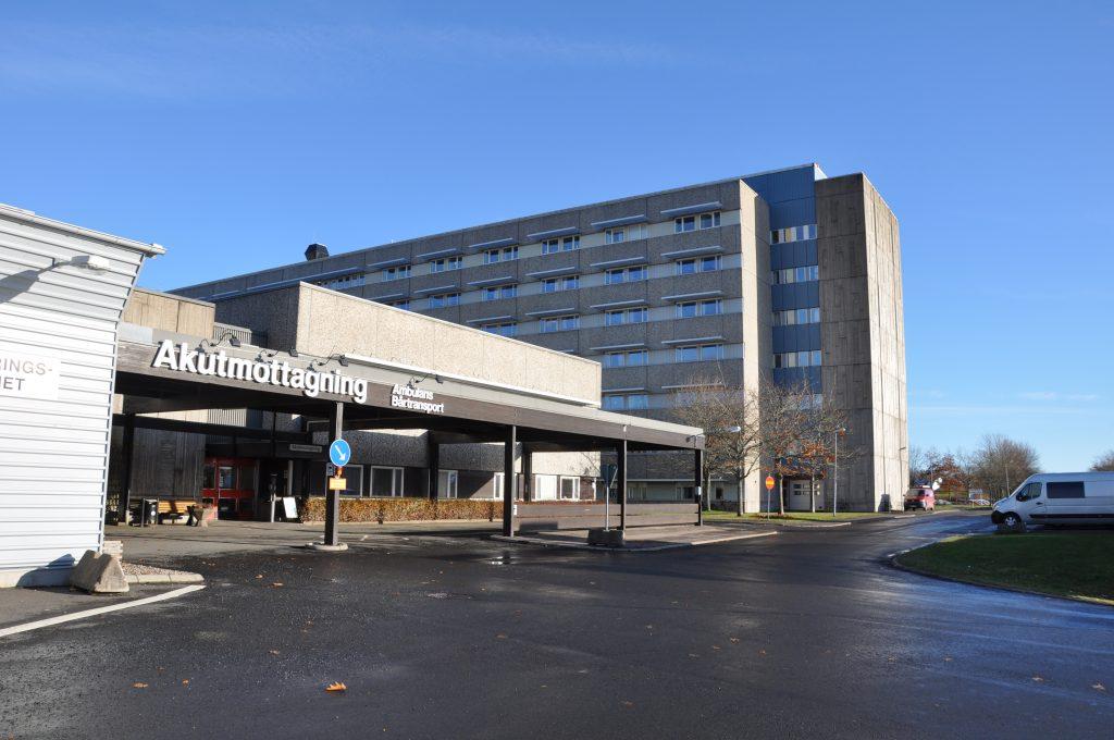 Under tio investerar regionen 453 miljoner kronor för ny teknisk försörjning vid sjukhuset i Skövde.