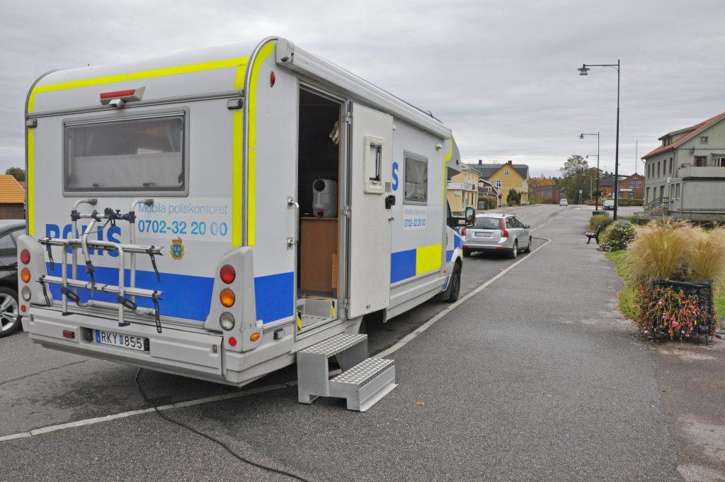 Syftet med de mobila poliskontoren är att öka servicen på de mindre orterna.