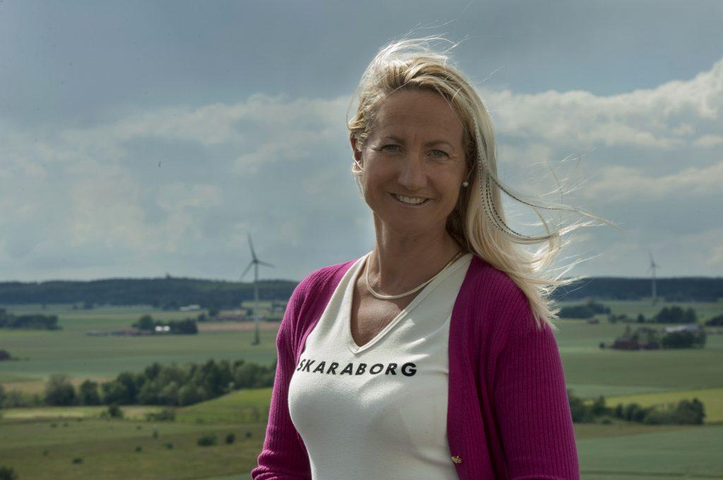 Cecilia Widegren (M), Norra Vånga, byter från att vara socialpolitisk talesperson till att bli skattepolitisk talesperson för Moderaterna.