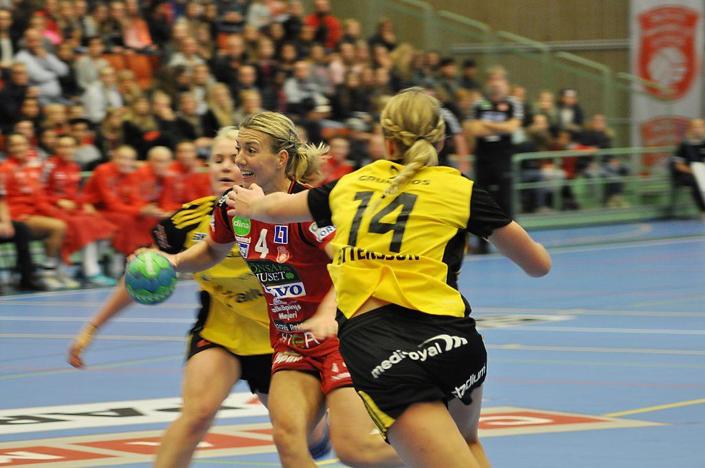 Skövde HF vann över Sävehof. Bilden är från ett tidigare möte mellan lagen. Foto: Fredrik Andersson