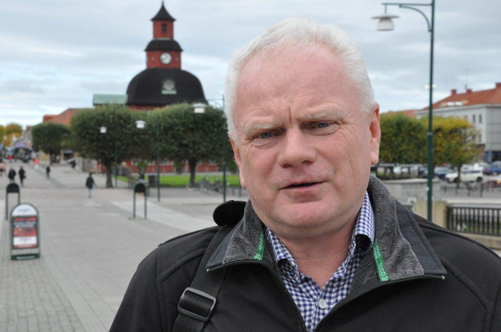 Liberalernas nomineringskommitté föreslår att Pär Johnson, Lidköping, toppar partiets riksdagslista i Skaraborg. Detta efter att förstanamnet på riksdagslistan, Katharina Thunander, plötsligt avsagt sig sin kandidatur.