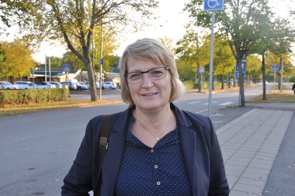 Sjukvårdspolitikern Gunilla Druve Jansson (C), Skara, vill att landstingen kommer överens om en enhetlig patientavgift i hela Sverige för virtuella vårdcentraler.