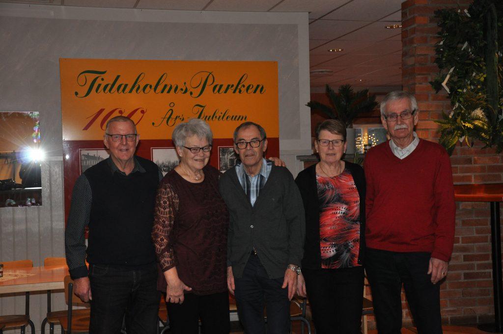 Göte Friman, Maj-Britt Friman, Ove Johansson, Kerstin Johansson och Karl-Erik Johansson hoppas på välbesökta danser.
