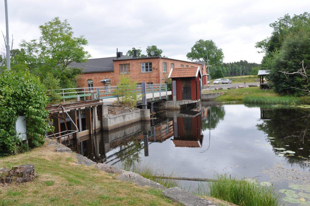 Vattenkraften ska värnas menar regeringen. Bilden från Madängsholm, utanför Tidaholm.