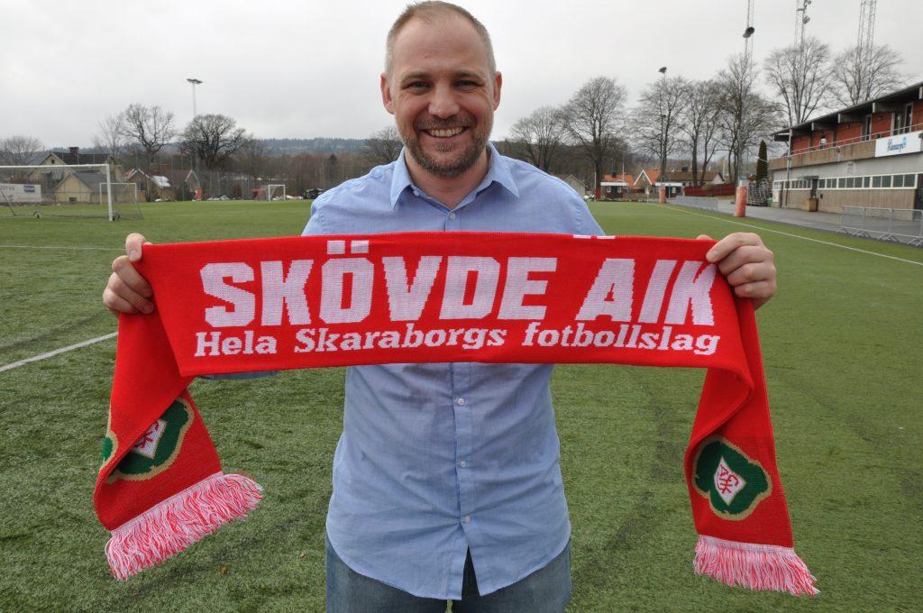 Skövde AIK inleder säsong på lördag. Och man gör det med en trupp som enbart består av spelare från Skaraborg. Ett medvetet val enligt Per Åstemo, klubb- och sportchef i Skövde AIK.
