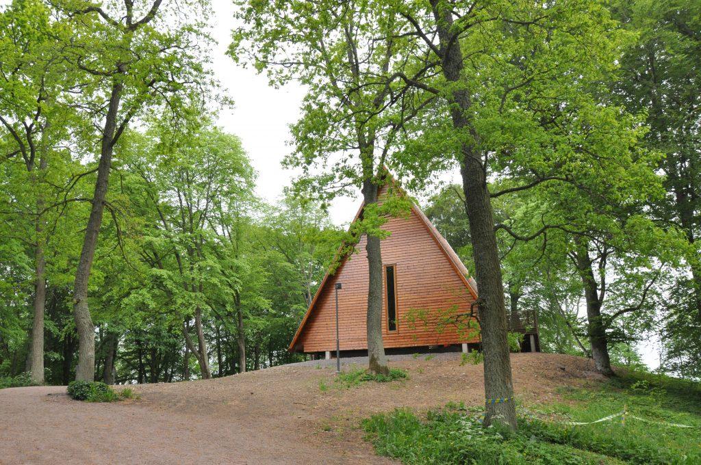 Kata gård har ökat antalet turister till Varnhem.