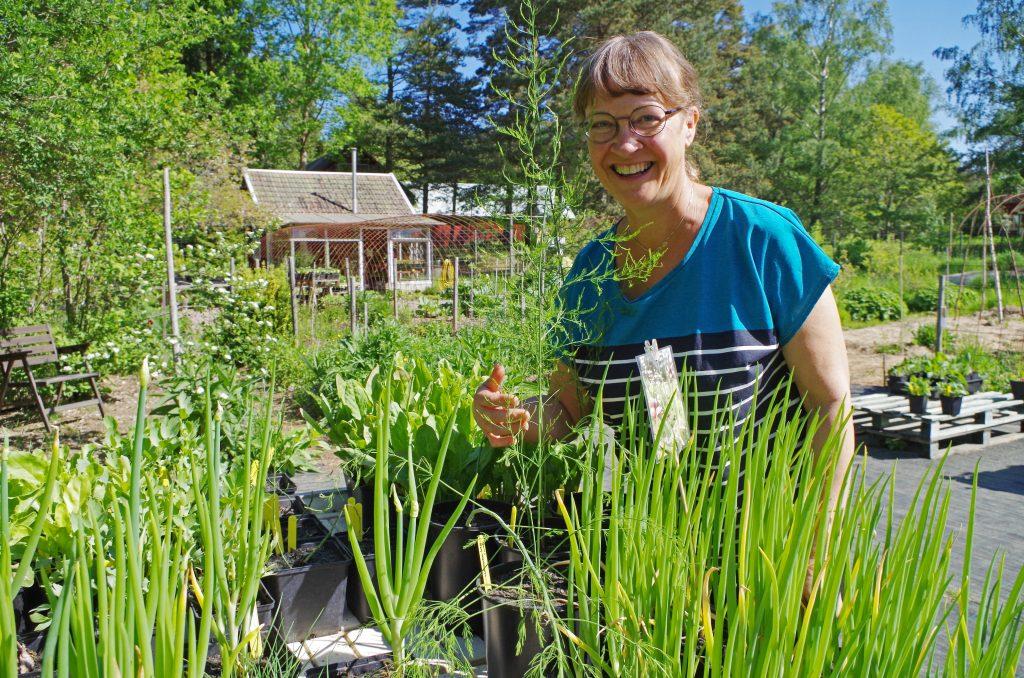 """Elisabeth """"Lisa"""" Adamsson driver en handelsträdgård med ekologisk inriktning, Lisas trädgård, mellan Lugnås och Mariestad."""